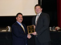 1986 Alum Anthony DeYoung receives the 2008 Program Appreciation Award